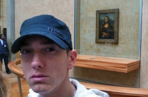 A selfie of Eminem with the Mona Lisa